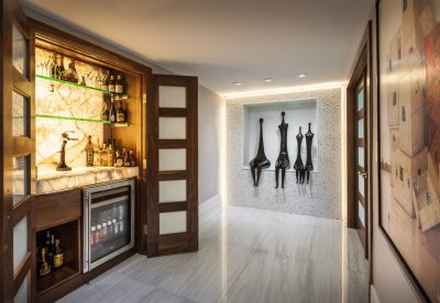 Marble finish in home bar